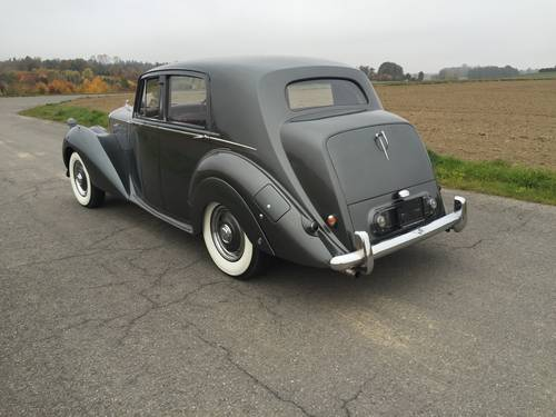 1955 BENTLEY MK VI Saloon RHD For Sale (picture 3 of 6)