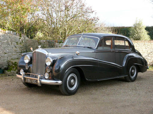 1953 Bentley R Type Lightweight Saloon by H.J Mulliner  For Sale (picture 1 of 6)