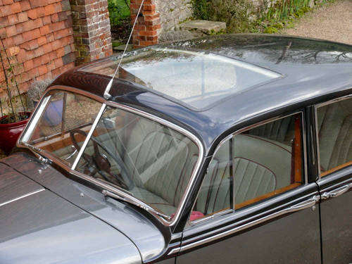 1953 Bentley R Type Lightweight Saloon by H.J Mulliner  For Sale (picture 6 of 6)