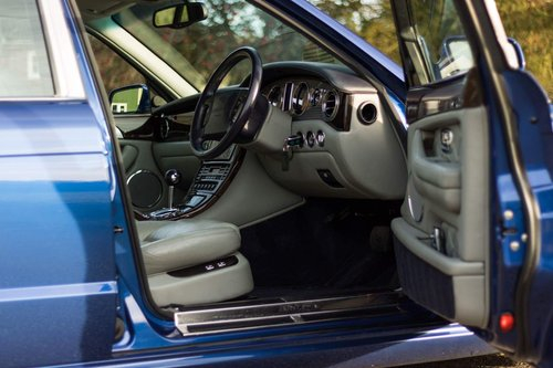 2002 BENTLEY ARNAGE T 6.8 For Sale (picture 5 of 6)