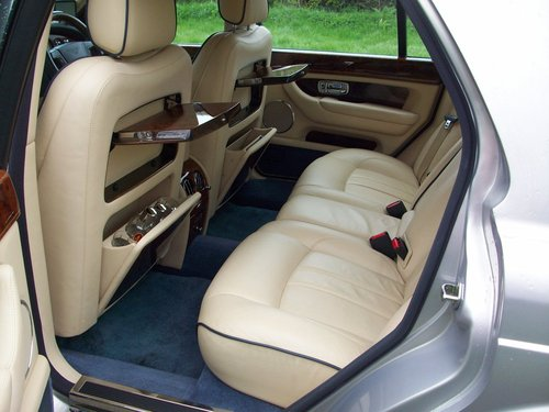 2004 ('05 Model) BENTLEY ARNAGE R SOLD (picture 4 of 6)