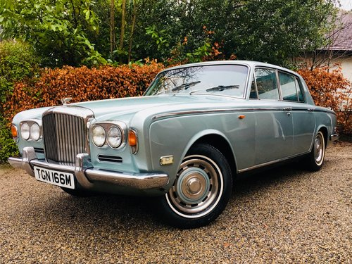 1973 BENTLEY T1 - SUPERB VALUE  SOLD (picture 1 of 6)