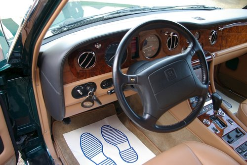 1996 Bentley Turbo RL 6.75 Automatic Saloon (26,645 miles) For Sale (picture 4 of 6)