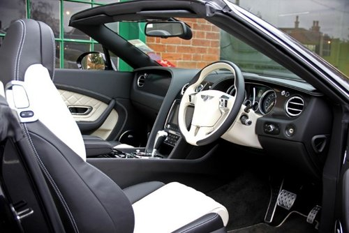 2017 Bentley GTC Convertible V8S SOLD (picture 4 of 4)