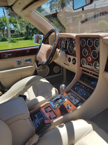 2002 BENTLEY AZURE MULLINER SYMBOLIC - 10088 MILES ONLY For Sale (picture 5 of 6)