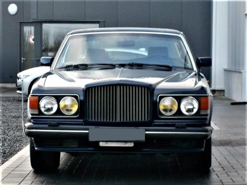 1989 Bentley Turbo RL Aut. (service history) Blue 25500 mile SOLD (picture 2 of 6)