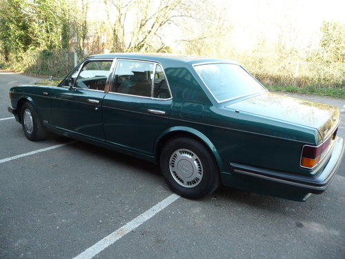 Bentley Turbo R 1989 32500 miles nearly new! For Sale (picture 2 of 6)