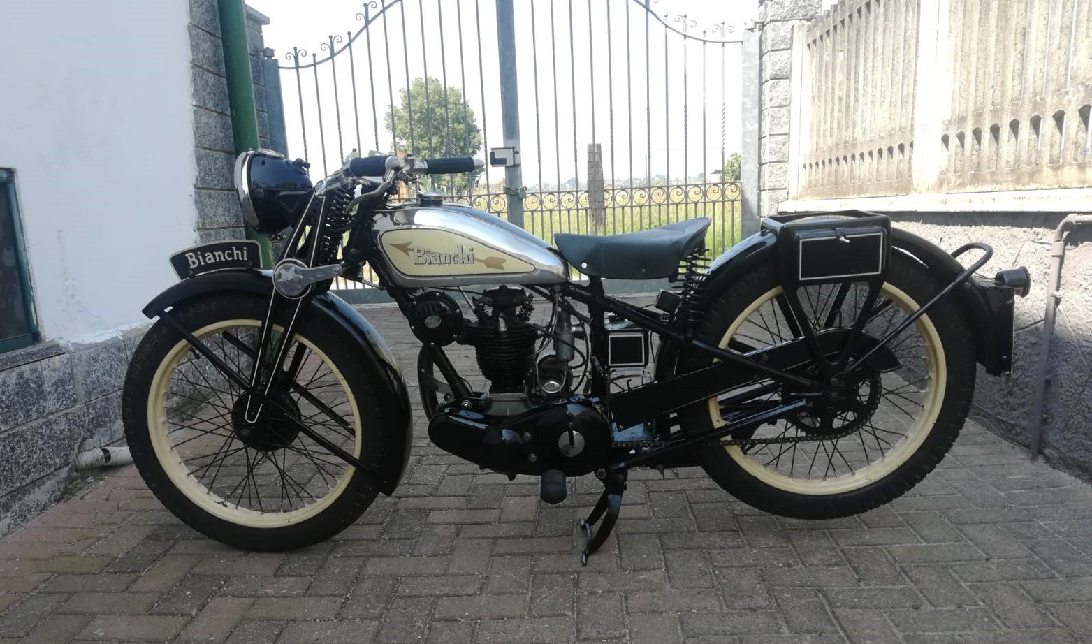 Bianchi 175cc - 1934 - Fully Restored For Sale (picture 5 of 6)