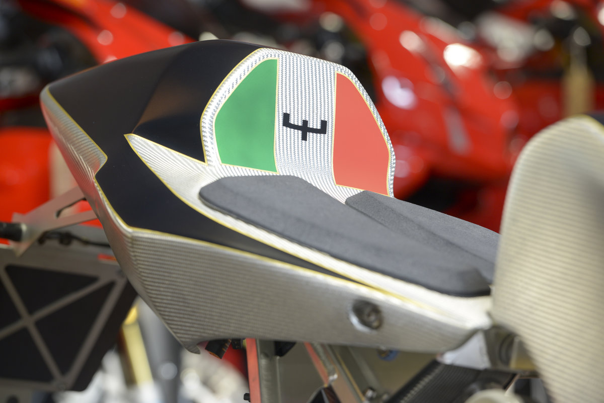 2008 Bimota Tesi 2D Super Rare 1 of only 25 Produced For Sale (picture 3 of 6)