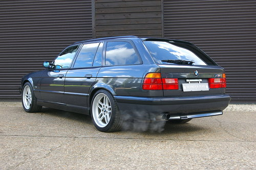 1995 BMW E34 M5 3.8i Touring 6 Speed Manual (86,216 miles) For Sale (picture 3 of 6)