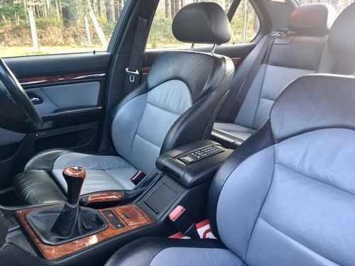2000 BMW E39 M5 - Stunning, FSH, Cherished M5 plate  SOLD (picture 3 of 6)