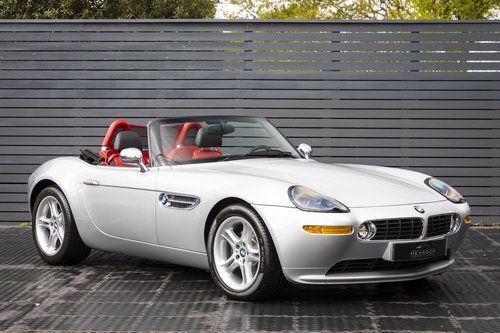 2001 BMW Z8 Roadster ONLY 10500 MILES UK CAR For Sale (picture 1 of 6)