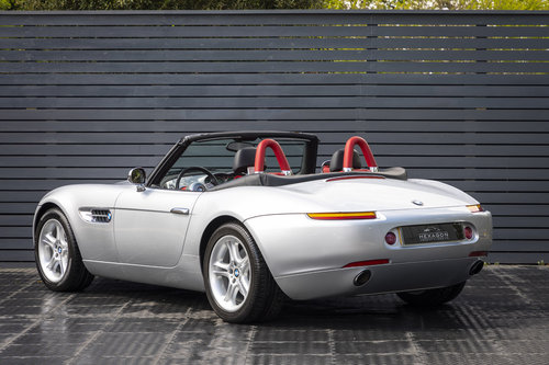 2001 BMW Z8 Roadster ONLY 10500 MILES UK CAR For Sale (picture 2 of 6)