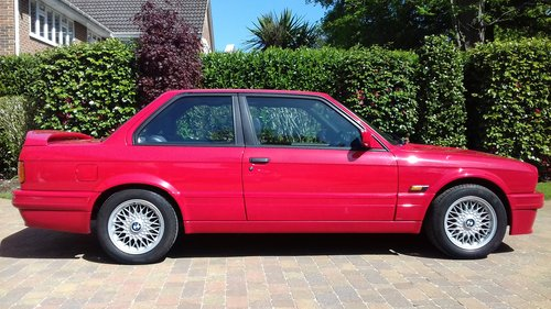 1990 Rare Opportunity - BMW E30 318is For Sale (picture 2 of 6)