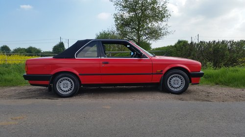 1990  BMW E30 316i Convertible/Cabriolet  TC Baur roof For Sale (picture 3 of 6)