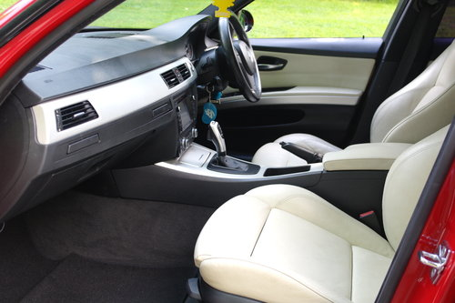 BMW 325i M Sport.. Hi Spec.. Attractive Looking.. Bargain.. SOLD (picture 3 of 6)