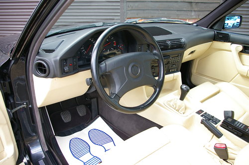 1993 BMW E34 M5 3.8 Saloon 5 Speed Manual (104,968 miles) SOLD (picture 4 of 6)