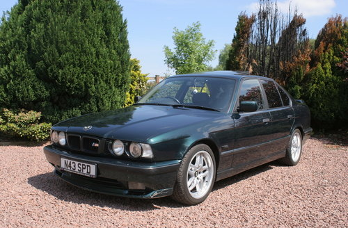 1995 BMW 525tds E34 Sport Kit Black Leather For Sale (picture 2 of 6)