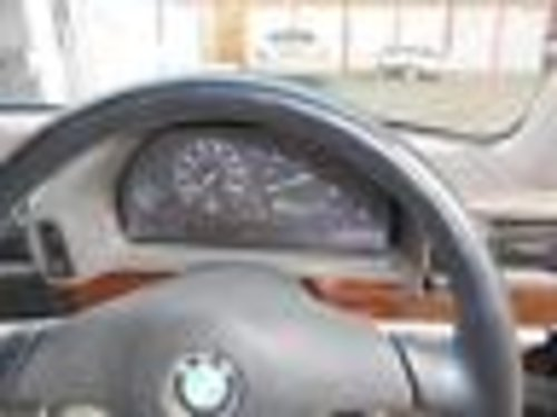Unregistered 1991 BMW 750iL 3,515 miles from new For Sale (picture 5 of 6)