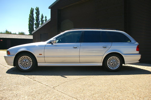 2002 BMW E39 525i SE Touring Auto (36,342 miles) SOLD (picture 1 of 6)