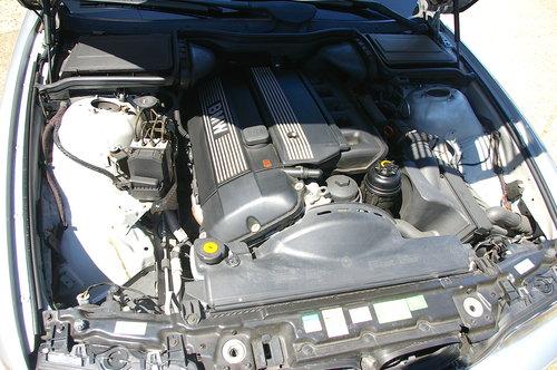 2002 BMW E39 525i SE Touring Auto (36,342 miles) SOLD (picture 6 of 6)