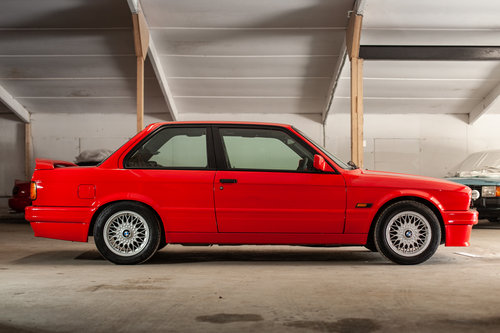 1989 BMW E30 325i Sport NOW SOLD.  For Sale (picture 2 of 6)