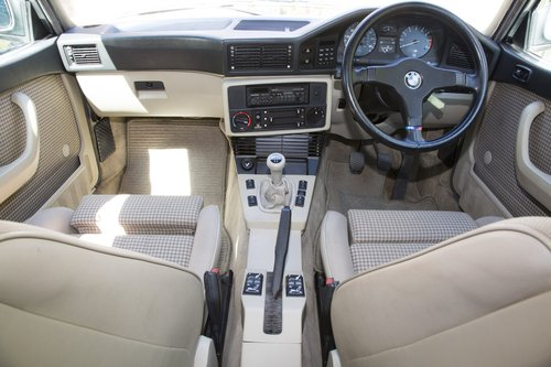 1987 BMW E28 M5 For Sale (picture 5 of 6)