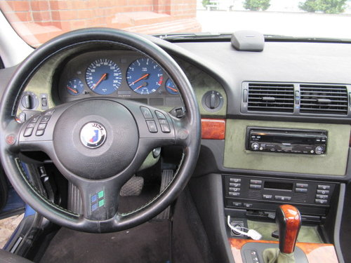 2001 BMW ALPINA 4.6 V8 B10 E39 - LOW MILEAGE For Sale (picture 3 of 6)