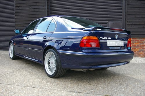 1997 BMW E39 540i Automatic Saloon (19,876 miles) For Sale (picture 3 of 6)