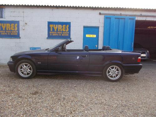 1998 bmw 323i convertable auto rare colour combination  For Sale (picture 4 of 6)