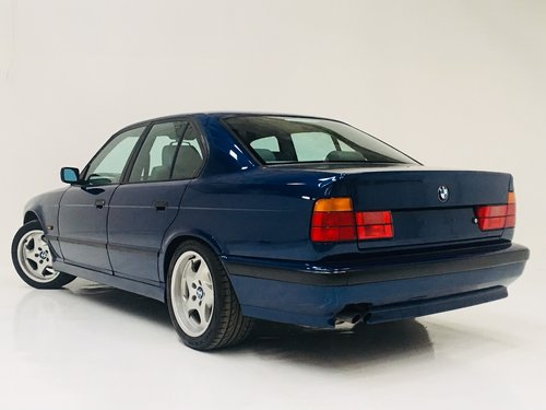 1995 BMW E34 525I M SPORT MANUAL - 1 OWNER, SUPER CONDITION SOLD (picture 2 of 6)