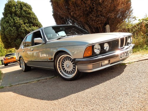 1986 Stunning e23 735iSE auto  -- best available ! SOLD (picture 1 of 6)