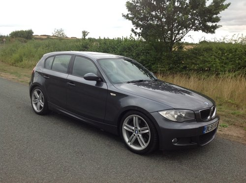 2005 BMW 130i M SPORT FBMWSH JUST SERVICED AT SYTNER SOLD (picture 1 of 6)