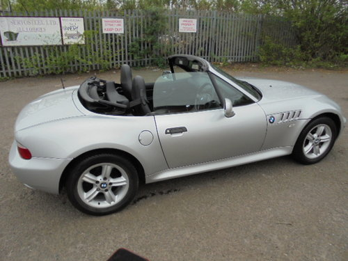 2001 bmw z3 roadster 1.9 manual. For Sale (picture 3 of 6)