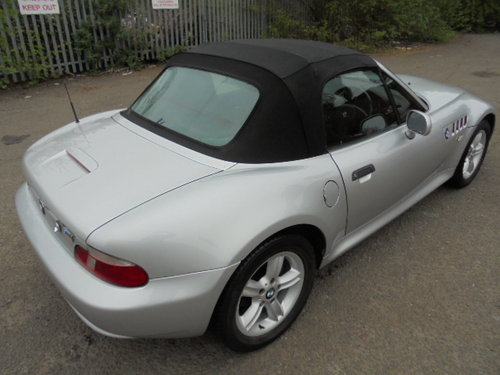 2001 bmw z3 roadster 1.9 manual. For Sale (picture 4 of 6)
