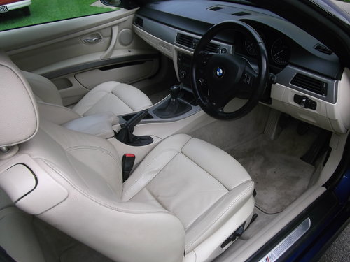 2010 BMW Coupe 320 M Sport, Diesel, 6 Speed Manual  SOLD (picture 3 of 6)