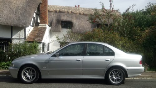 2002 BMW E39 520i ES SE Auto. Leather, split rim Alloys For Sale (picture 2 of 6)
