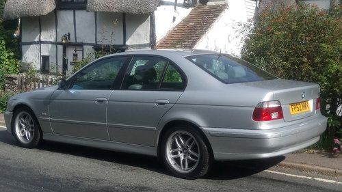 2002 BMW E39 520i ES SE Auto. Leather, split rim Alloys For Sale (picture 3 of 6)