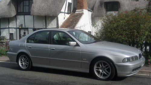 2002 BMW E39 520i ES SE Auto. Leather, split rim Alloys For Sale (picture 4 of 6)