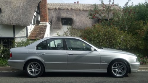 2002 BMW E39 520i ES SE Auto. Leather, split rim Alloys For Sale (picture 5 of 6)
