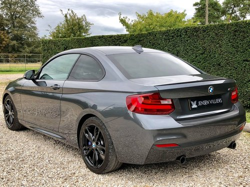2016 BMW M235i **Superb Condition - Refurbished Alloys** For Sale (picture 2 of 6)