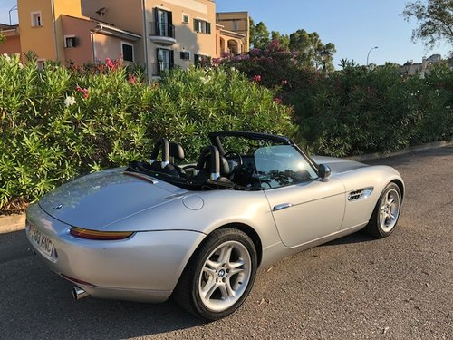 2000 BMW Z8. ONE OWNER. 36,000 MILES  For Sale (picture 2 of 6)
