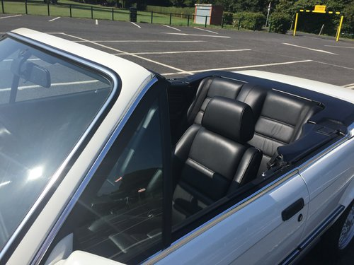 1987 bmw 325i convertible e30 For Sale (picture 1 of 6)