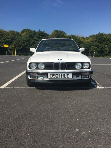 1987 bmw 325i convertible e30 For Sale (picture 5 of 6)