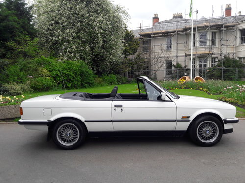 1990 BMW E30 325i Cabriolet Convertible Auto ***Concours*** SOLD (picture 1 of 6)