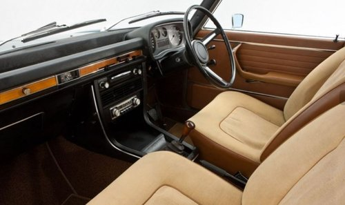 1972 IDEAL FOR OLDTIMER RACING - RHD BMW 2500 SOLD (picture 4 of 6)