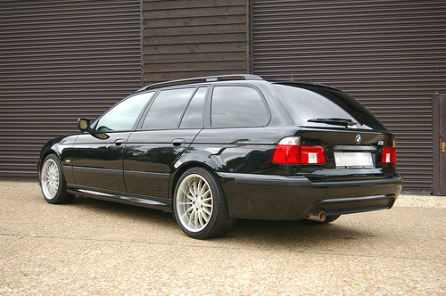 2003 BMW E39 525i M-Sport Touring Automatic (34,345 miles) SOLD (picture 3 of 6)