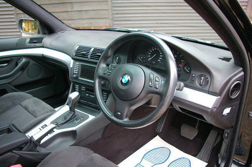 2003 BMW E39 525i M-Sport Touring Automatic (34,345 miles) SOLD (picture 4 of 6)