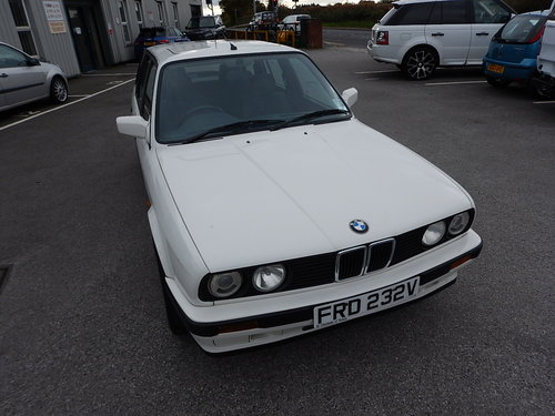 1993 BMW E30 316i Touring Lux SOLD (picture 2 of 6)