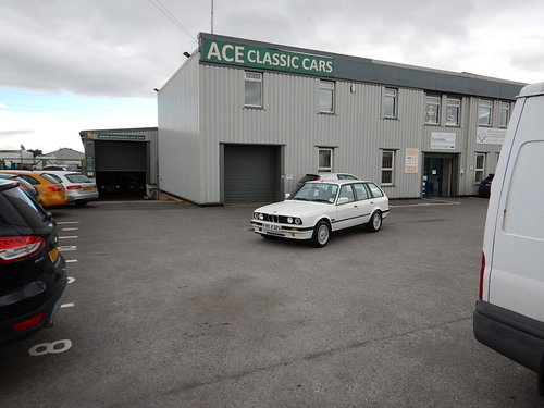 1993 BMW E30 316i Touring Lux SOLD (picture 6 of 6)